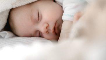 bebe la plus jeune maman du monde