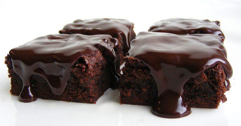 800px-whiskey_chocolate_cake