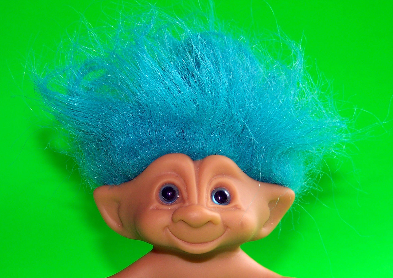 blue-haired-troll