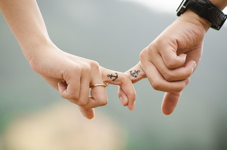 mains couple