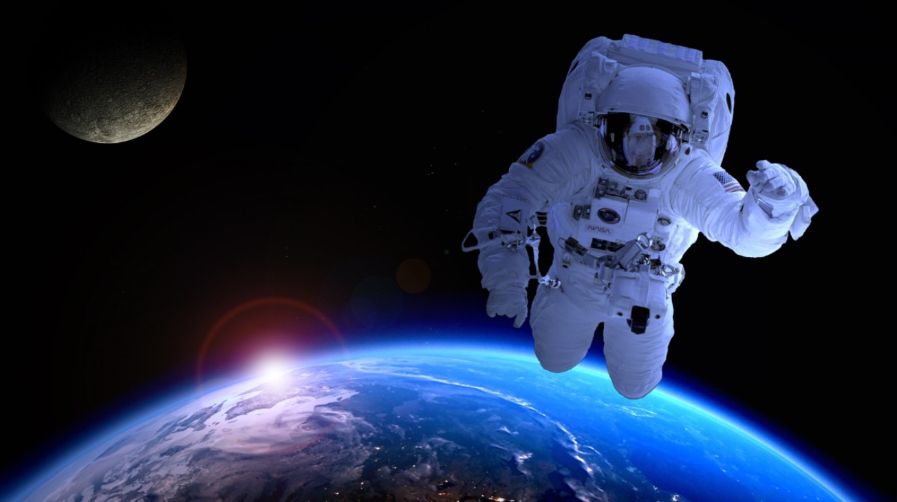 astronaute dans l espace