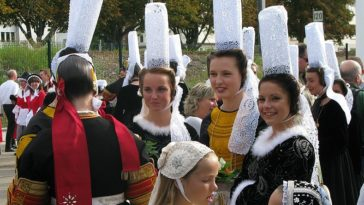coiffe bretonne bigouden