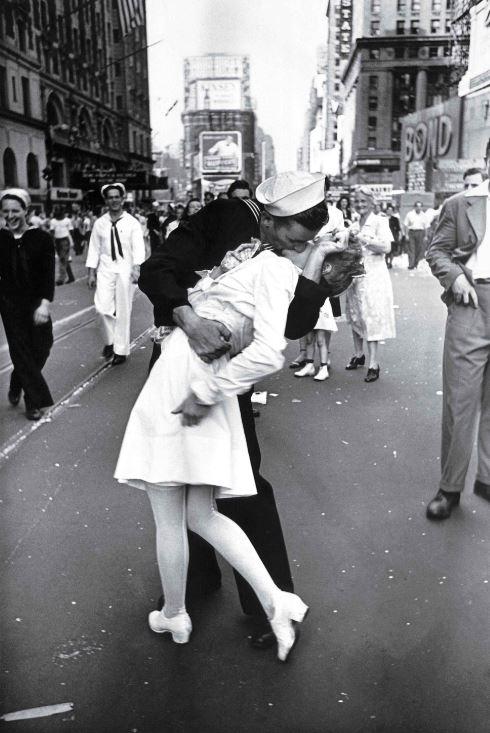 baiser de Times Square photo