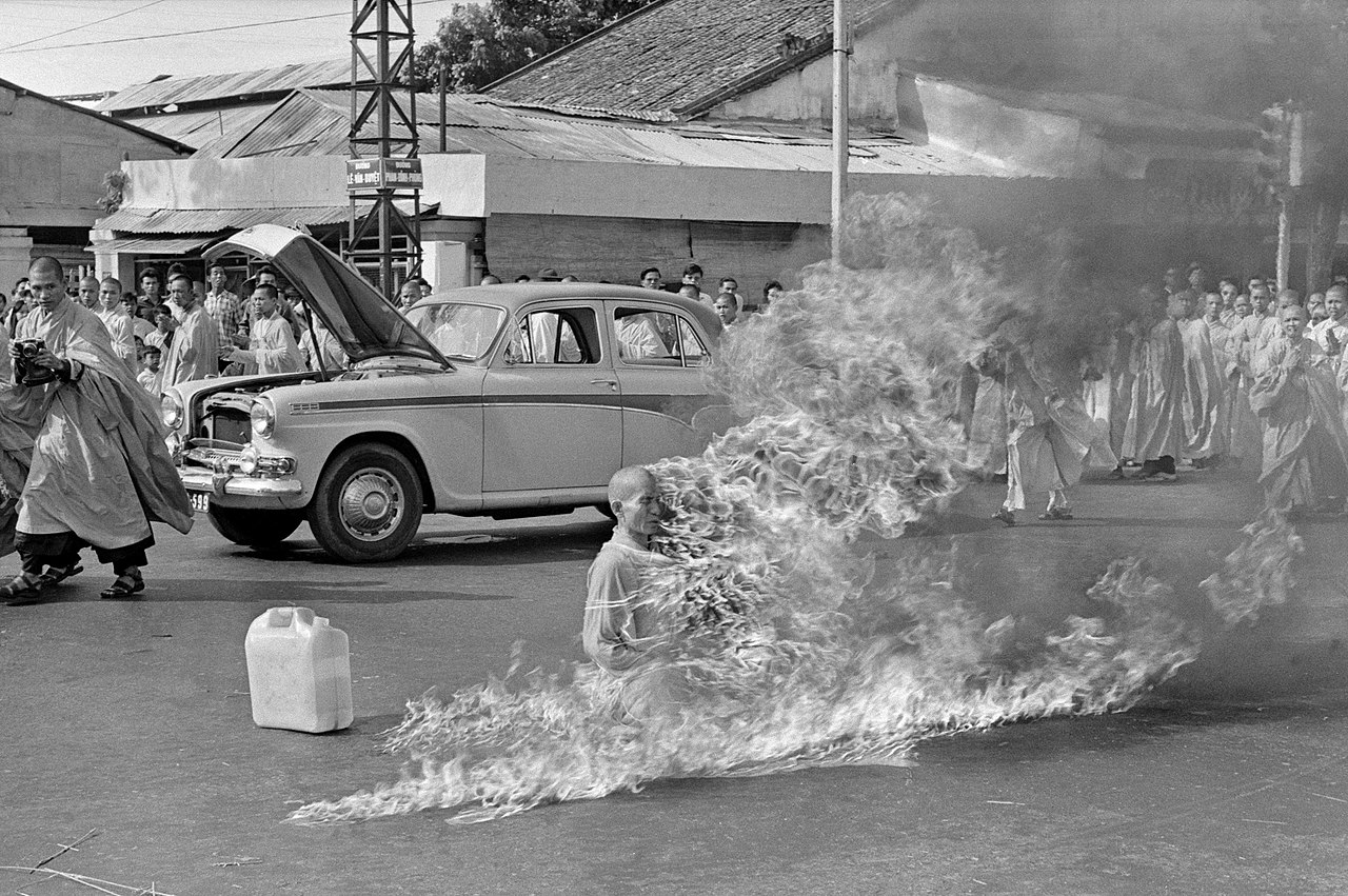 immolation Thich Quang Duc photo
