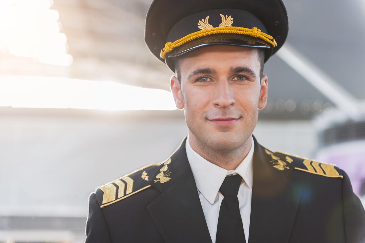 pilote de ligne qui sourit frank abagnale